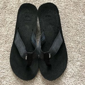 Teva thongs